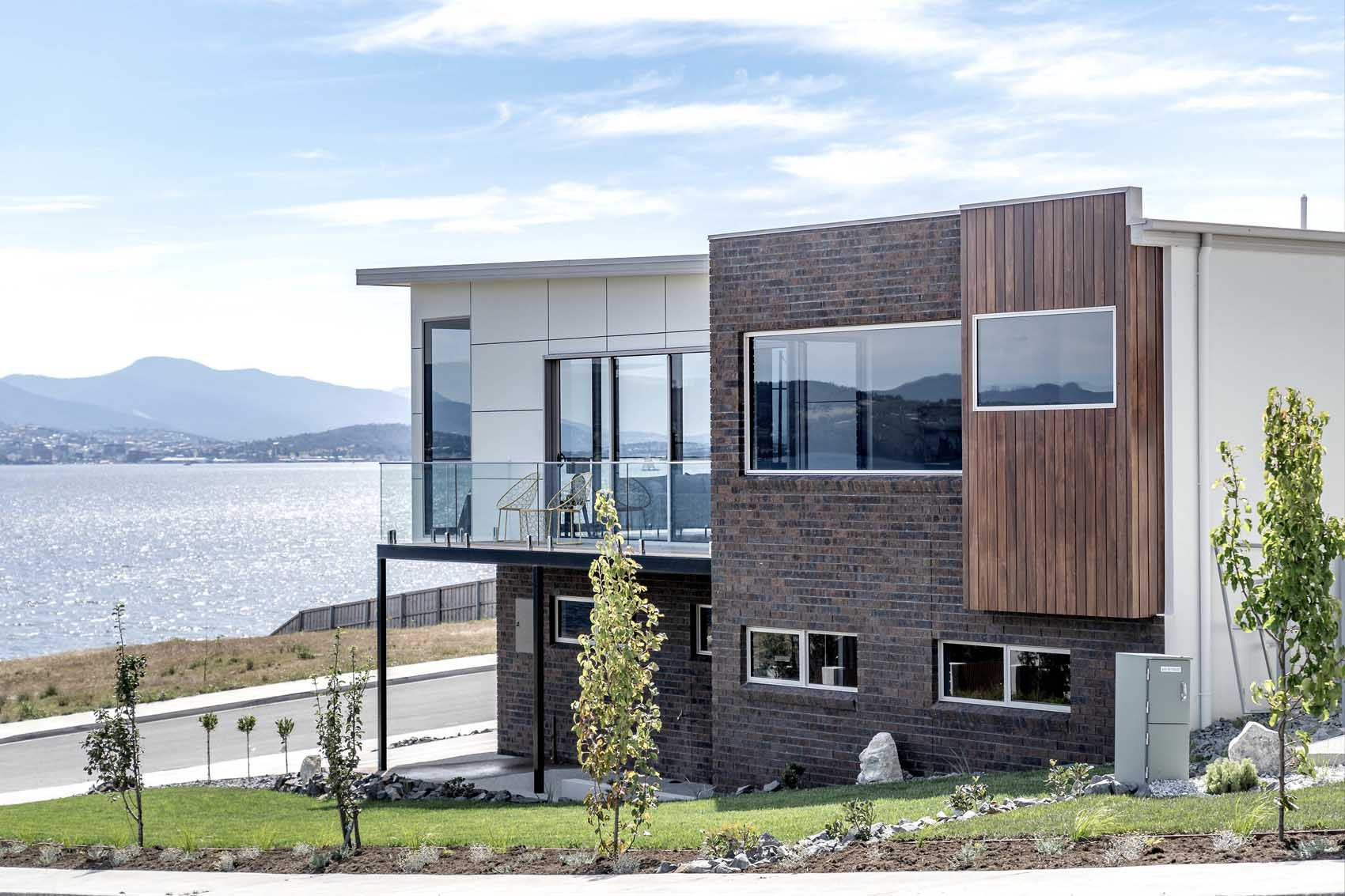 andrew-lyden-new-home-builder-hobart-tasmania-cambridge-2